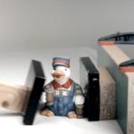 neodymové magnety pred rozdrvením keramickej sošky